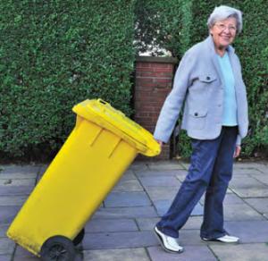Jak sprawdzić, czy nasz sąsiad, który deklarował, że będzie sumiennie zbierał odpady selektywnie, faktycznie tak robi?